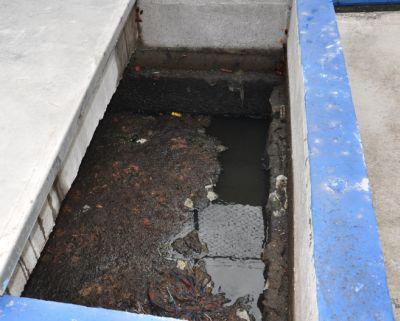 Entrada de la única planta de tratamiento de aguas residuales en la capital de Guyana. Crédito: Desmond Brown/IPS.
