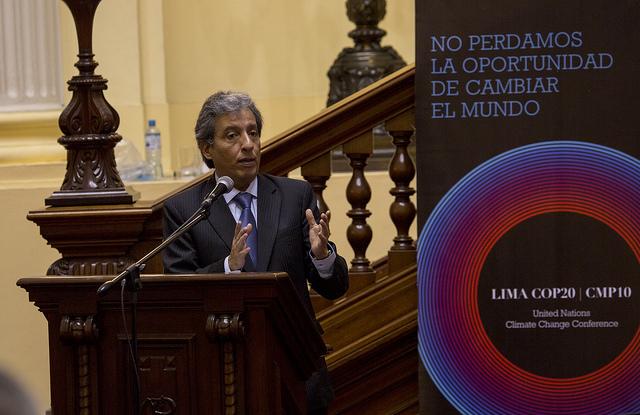 El ministro de Ambiente de Perú, Manuel Pulgar-Vidal, durante uno de sus muchos actos de promoción de la COP 20. Como presidente de la conferencia, su capacidad negociadora y su resolución serán determinantes en el avance del borrador del nuevo tratado climático. Crédito: COP20 Perú