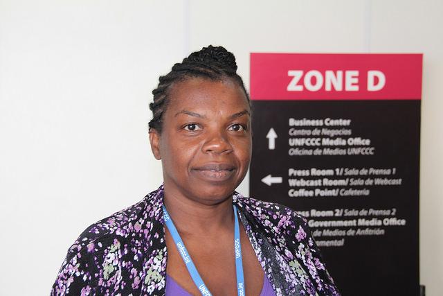 Mildred Crawford, una agricultora de Jamaica, asiste en Lima a su primera cumbre internacional sobre el clima. Crédito: Desmond Brown/IPS