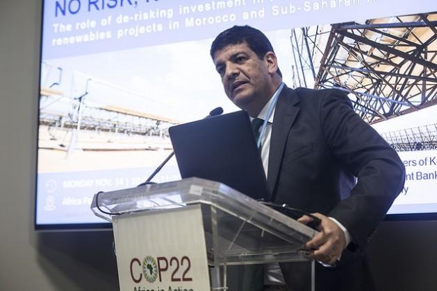 Exposición de Mustapha Bakkoury, presidente de la Agencia Marroquí para la Energía Solar (MASEN), en la COP22 de Marrakesh, 2016. Crédito: Friday Phiri/IPS.