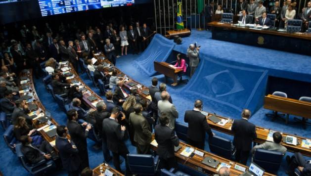 En Brasil, 24 de los 81 senadores están involucrados en el escándalo de corrupción y en las denuncias de autoridades de la constructora Odebrecht, en las que figuran ocho ministros, 24 senadores, 39 diputados y 12 gobernadores de estado, entre los que hay políticos de los principales partidos. Crédito: Lula Marques/AGPT.