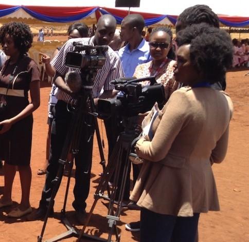 En Kenia, los medios y los periodistas son señalados como responsables de la violencia postelectoral que se desató entre 2007 y 2008 y que adoptó un carácter étnico. Crédito: Justus Wanzala/IPS.