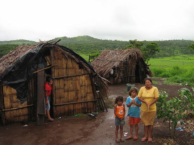 Terratenientes amenazan renacimiento indígena en Brasil