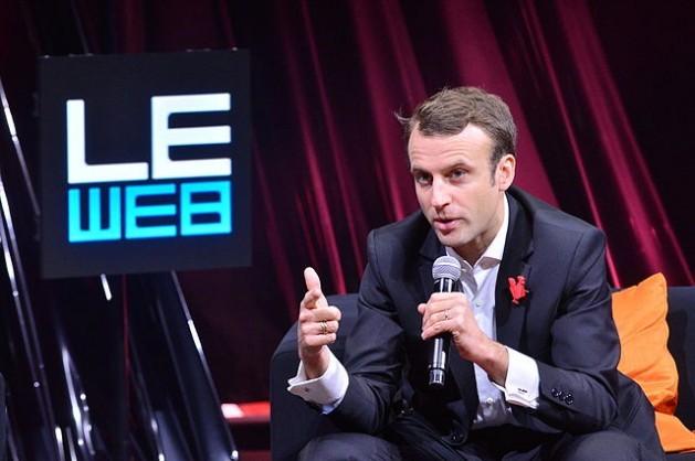 Emmanuel Macron habla en LeWeb 2014. Tras la segunda vuelta Presidencial en Nueva Caledonia Macron se aseguró una escaza minoría de 52.57 por ciento de los votos, más que 47.43 por ciento de su rival Marine Le Pen. Crédito: Official LeWeb Photos/CC BY 2.0