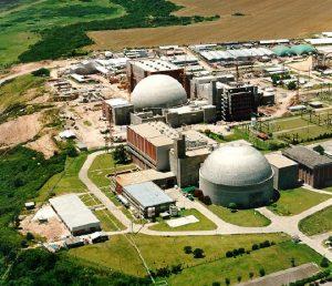 La primera central nuclear de las tres existentes en Argentina, Atucha I, situada a 100 kilómetros de Buenos Aires. China está dispuesta a financiar 85 por ciento de la construcción de otras dos, con un costo previsto de 14.000 millones de dólares. Crédito: CNEA