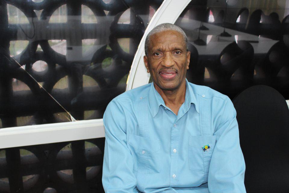 Douglas Slater, secretario general adjunto de la Comunidad del Caribe (Caricom), dijo que la región necesita reconocer la importancia de implementar algunas de las medidas recomendadas por las instituciones técnicas, que ayudarán a construir la resiliencia climática. Crédito: Desmond Brown/IPS.