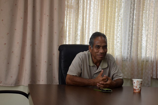 El médico Ken Jetton es el único especialista en la enfermedad de Hansen, conocida como lepra, en Majuro, capital de Islas Marshall. Crédito: Stella Paul/IPS.