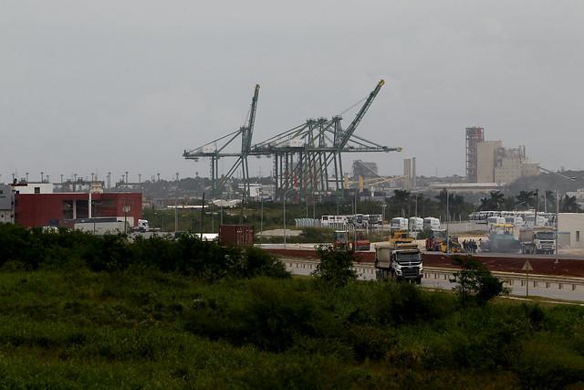 Vista de la Zona Especial de Desarrollo de Mariel, en la occidental provincia de Artemisa, que surgió con la intención de convertirse en un polo de inversión externa y de logística en Cuba. Crédito: Jorge Luis Baños/IPS