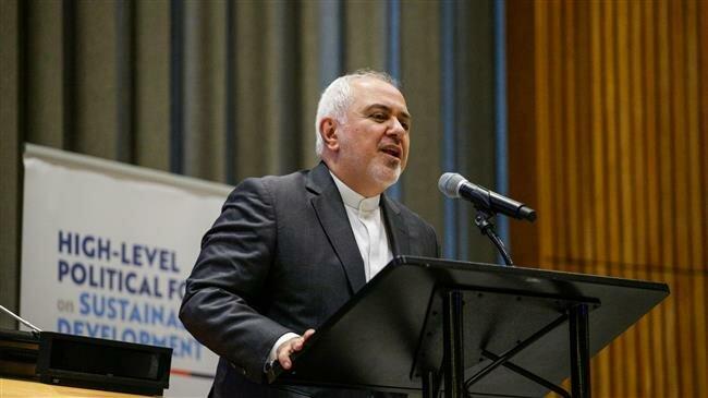 El ministro de Asuntos Exteriores de Irán, Mohammad Javad Zarif, durante su intervención ante el Foro Político de Alto Nivel sobre los Objetivos de Desarrollo Sostenible, en la sede de la ONU en Nueva York, poco antes de que el 31 de julio Estados Unidos impusiera sanciones en su contra. Crédito: ONU