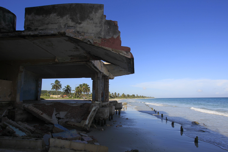 """""""Protejamos las playas"""", en el Consejo Popular de Guanabo, en el capitalino municipio Habana del Este, La Habana, Cuba.29 de octubre de 2019. Crédito: Jorge Luis Baños/IPS"""