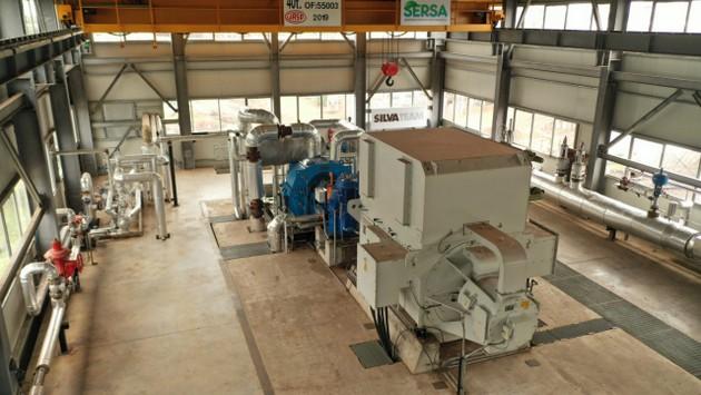 La turbina de la empresa Indunor que genera electricidad, alimentada con el calor que se produce con los residuos de la producción de tanino, en el pequeño municipio de La Escondida, en la provincia argentina del Chaco. Foto: Cortesía de Indunor