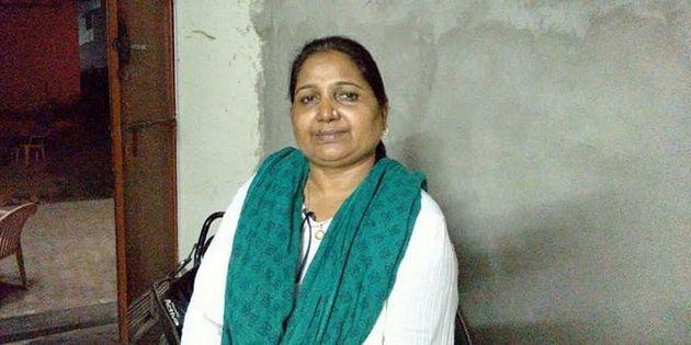 Rehana Adeeb, víctima de violencia doméstica durante 18 años en un matrimonio forzado cuando era niña, se reconvirtió en una activista que lucha contra la violencia de otras mujeres mediante su oenegé Astitva, en Uttar Pradesh, el estado más poblado de India, en el norte del país. Foto: Cortesía de Rehana Adeeb