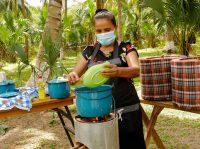 Cocinas ecológicas ayudan a preservar manglares costeros de El Salvador