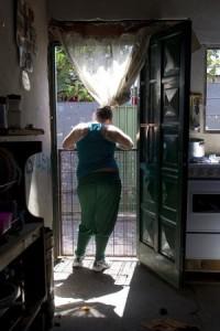 Joven embarazada argentina reflexiona sobre los riesgos y las dificultades de la maternidad. Crédito: Carolina Camps/IPS.