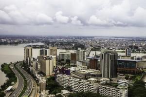 Abiyán, capital económica de Costa de Marfil, fue escenario de violentos enfrentamientos luego de las elecciones de diciembre de 2010. Crédito Marc-André Boisvert/IPS