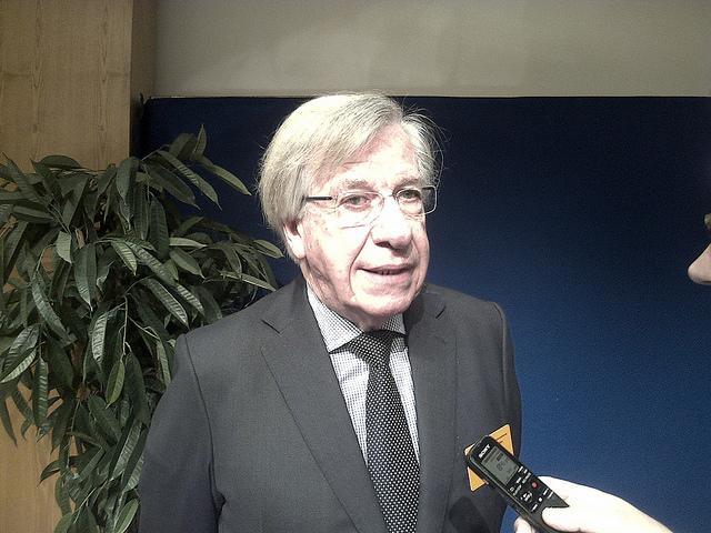 Danilo Astori, vicepresidente de Uruguay, durante el foro en París. Crédito: Alecia McKenzie/IPS