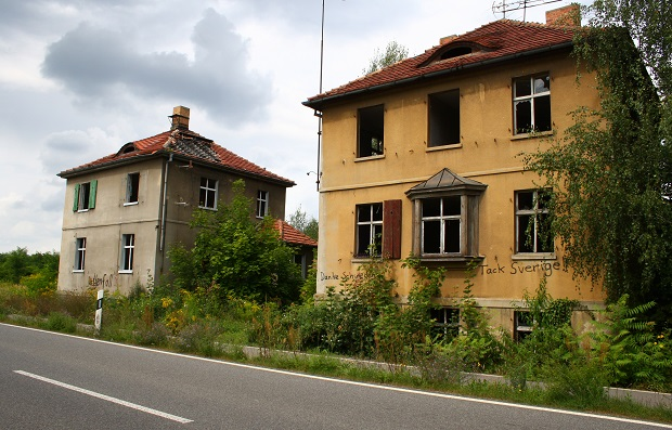 Edificios abandonados en la localidad de Haidemühl en Lusacia, Alemania. Crédito: Silvia Giannelli/IPS