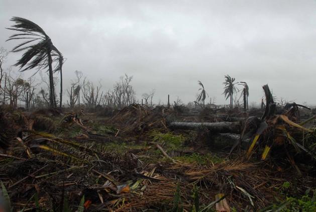 Las consecuencias del cambio climático, como los fenómenos meteorológicos extremos, continuarán agravándose si no hay enérgicas acciones de mitigación. Crédito: Jorge Luis Baños/IPS