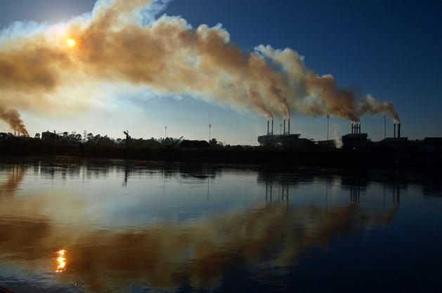Descarbonizar el desarrollo de América Latina comienza a ser tema de debate en una región en cuya economía tienen especial peso los recursos naturales, incluidos los combustibles fósiles. Crédito: cortesía de Guilherme/Flickr