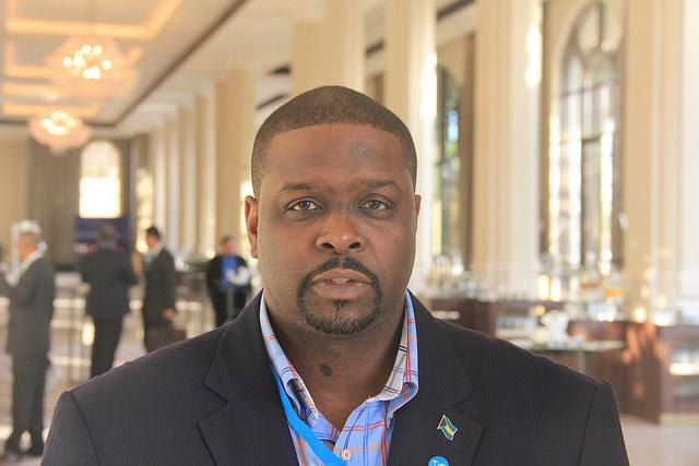 Ministro de Ambiente y Vivienda de Bahamas, Kenred Dorsett. Crédito: Kenton X. Chance/IPS