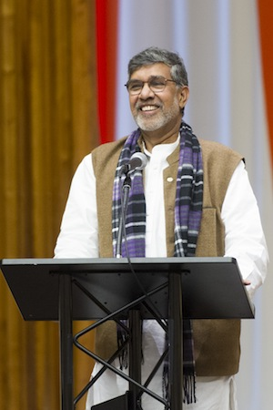 El ganador del premio Nobel de la Paz, Kailash Satyarthi, habla en la ONU. Crédito: ONU / Mark Garten