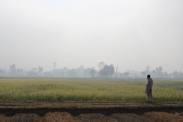 """Le llevó cinco meses a la comunidad de Padnaha recuperar su vida. Doce familias pudieron reconstruir sus casas. """"Toda la aldea quedó como un desierto después de las inundaciones"""", relató Raj Kumari Chaudhari, recordó una de las sobrevivientes Crédito: Mallika Aryal/IPS."""