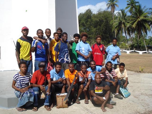 El movimiento Tropical Gems es una iniciativa de jóvenes que surgió en la ciudad costera de Madang, en el norte de Papúa Nueva Guinea, en 2013. Crédito: Catherine Wilson/IPS