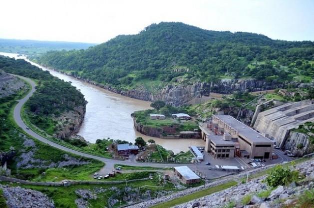 Planta de energía hidroeléctrica Batoka, en Zimbabwe. Crédito: Construction Review Online