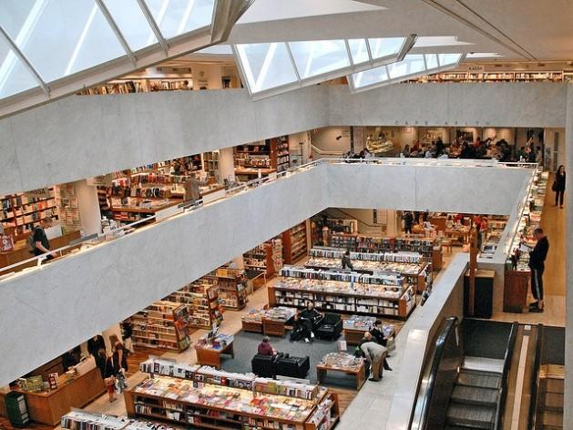 Librería Stockmann, en Helsinki. Crédito: Jean-Pierre Dalbéra.