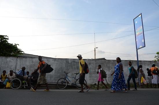 Los traficantes de órganos se aprovechan de la pobreza que afecta a más de 15 por ciento de la población de Sri Lanka. Crédito: Indika Sriyan/IPS