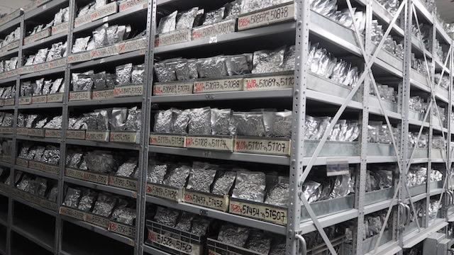 En el sótano de un viejo laboratorio cerca de la ciudad colombiana de Cali, hay 38.000 muestras de frijoles, almacenados a una temperaturas de menos 20 grados centígrados. Crédito: Ida Karlsson/IPS.