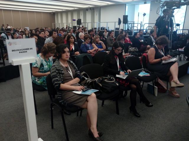 Delegados de los gobiernos latinoamericanos y caribeños, durante el primer Foro regional sobre los Objetivos de Desarrollo Sostenible, en Ciudad de México, entre el 26 y el 28 de abril, organizado por la Cepal. Crédito: Emilio Godoy/IPS