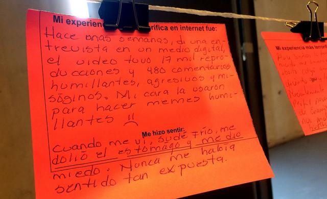 Para activistas feministas, Internet se ha convertido en un arma de doble filo. Crédito: Celia Guerrero/Pie de Página