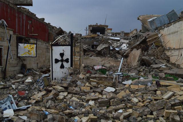 Una iglesia destruida en el distrito de Tal Kaif, en la gobernación iraquí de Nínive. Crédito: Mays Al-Juboori.