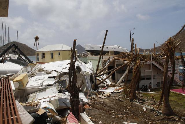 El huracán Irma tuvo un impacto devastador en Sophers Hole, relató Egbert Smith, de 72 años. Crédito: Kenton X. Chance/IPS.