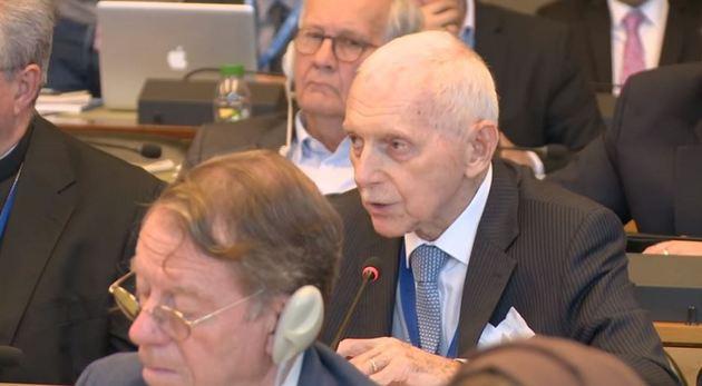 El director general de la OIM, William Swing, durante su intervención en la Conferencia Mundial sobre religiones, credos y sistemas de valores, celebrada el lunes 25 de junio en Ginebra. Crédito: GCHRAGD