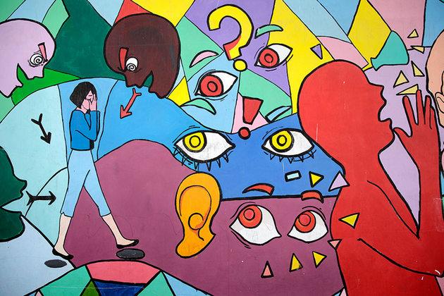 Dentro de la iniciativa anual 16 Días de activismo contra la violencia de género, ONU Mujeres Guatemala impulso, con la participación activa de las mujeres, la pintura de murales en zonas problemáticas de la capital de Guatemala, donde se implementa el programa Ciudad Segura. Crédito: Ryan Brown/ONU Mujeres.