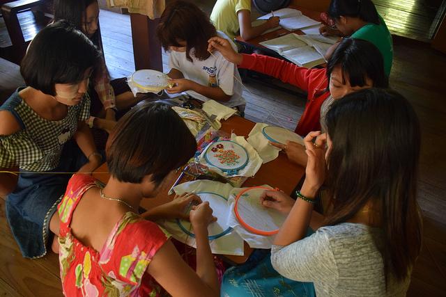 El proyecto manglar en Birmania (Myanmar) ofrece medios alternativos para ganarse la vida y oportunidades capacitación para la comunidad. Crédito: Stella Paul/IPS