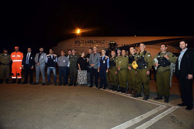 Militares de Israel llegaron el lunes 28 de enero al estado de Minas Gerais, en el sureste de Brasil, para ayudar al rescate de las 292 personas que aún permanecían desaparecidas tras el desbordamiento de una balsa de residuos mineros en Bramadinho. Crédito: Renato Cobucci/Agência de Brasil