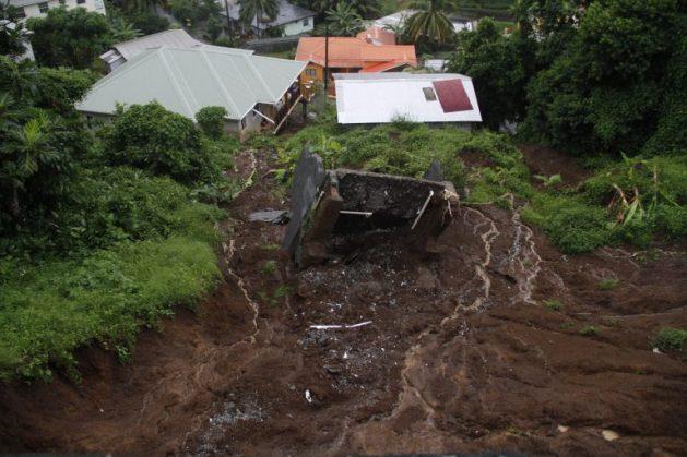 Los daños y las pérdidas dejadas por los eventos climáticos extremos en San Vicente y las Granadinas ascienden a millones de dólares en los últimos años. Crédito: Kenton X. Chance/IPS.