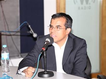 El autor Ernesto Nuñez Albarrán
