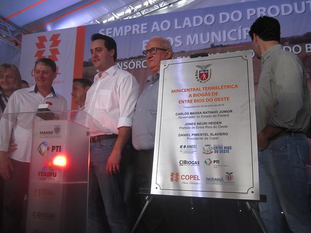 La Minicentral Termoeléctrica de Entre Rios do Oeste, que generará 250 megavatios hora, 43 por ciento más que el consumo máximo de todas las instalaciones de la alcaldía, que gracias a la planta eliminará casi toda su factura energética en este municipio del sur de Brasil, en la frontera con Paraguay. Crédito: Mario Osava/IPS