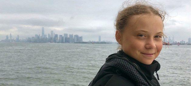 La activista juvenil Greta Thunberg llega a Nueva York el 29 de agosto, a bordo del velero Malizia II, tras 18 días de travesía, para participar en la Cumbre sobre la Acción Climática el 23 de septiembre. Crédito: ONU
