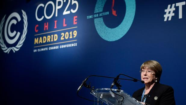 Michelle Bachelet alabó este lunes 9 de diciembre en la COP25, en Madrid, el activismo de los jóvenes ante la emergencia climática, que consideró como la mayor amenaza para los derechos humanos que la humanidad ha enfrentado desde la Segunda Guerra Mundial. Crédito: ONU