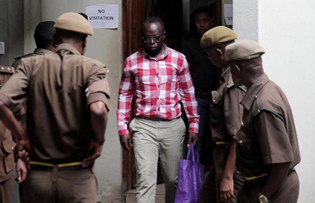 Erick Kabendera, periodista de investigación en Tanzania, pagó 118000 dólares por su libertad luego de haber estado en prisión por seis meses por acusaciones de base dudosa