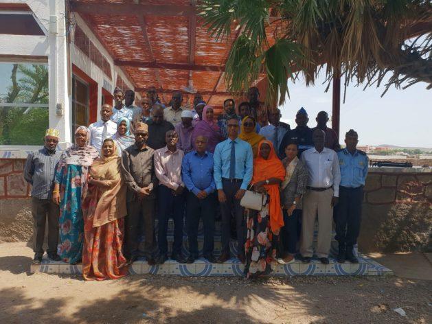 El Grupo Parlamentario de Población y Desarrollo (PGPD) de Yibutí realiza campañas de sensibilización para eliminar la práctica de la mutilación genital femenina en las zonas rurales, como las de Tadjourah y Ali Sabieh. Foto: Cortesía de PGPD