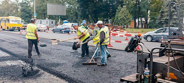 El confinamiento obligatorio por efecto de la covid-19 ha suspendido labores de construcción y mantenimiento, ocasionando la pérdida de empleo de casi la mitad de los trabajadores de todo el mundo, especialmente a quienes laboran en la economía informal