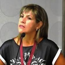La autora, Ethel Eljarrat
