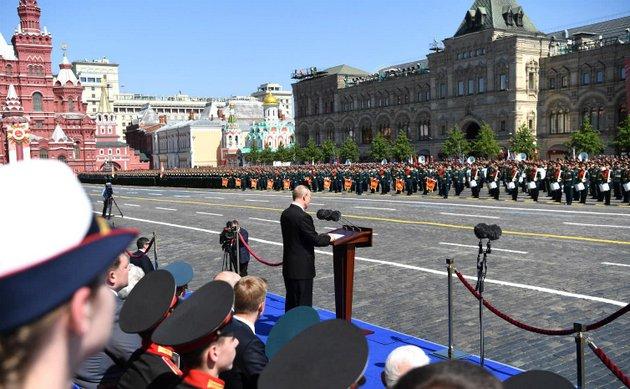 Vladimir Putin pronuncia un discurso durante el desfile conmemorativo del 75 aniversario de la victoria en la Segunda Guerra Mundial. Foto: Kremlin