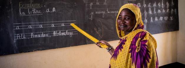 El cierre de escuelas y de programas de alfabetización presenciales dejó a cientos de millones de personas, carentes de destrezas para la lectoescritura, con una desventaja adicional ante la pandemia covid-19, advirtió la Unesco en el Día Mundial de la Alfabetización: Foto: ONU